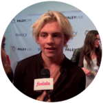Ross Lynch Discovers Dangerous Hobby + Teen Beach 2 Trailer!