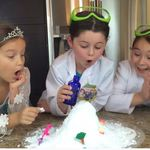 HOW TO MAKE SNOW with Queen Elsa and Volcano Eruption Experiment