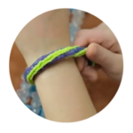 How to make a Rainbow Loom Double Cross Fishtail Bracelet